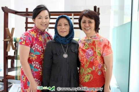 (left to right) Emilia, Fatimah Chik & Janet Tee